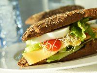 healthy-food-1328279-639x426